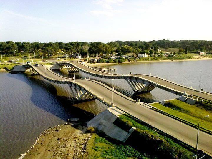 Viagem de carro de Punta del Este a José Ignacio: estrada
