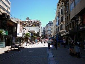 Peatonal Sarandí em Montevidéu