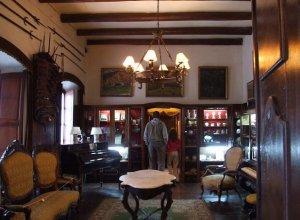 Museo Azotea de Ahedo em Punta del Este: interior