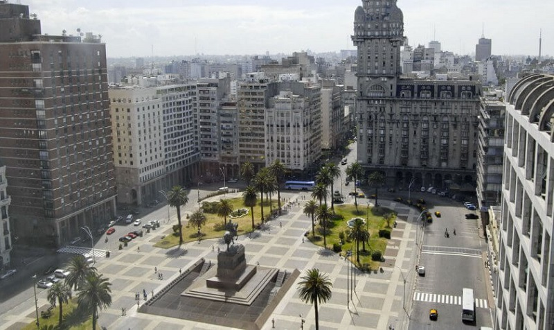 Plaza Independência em Montevidéu