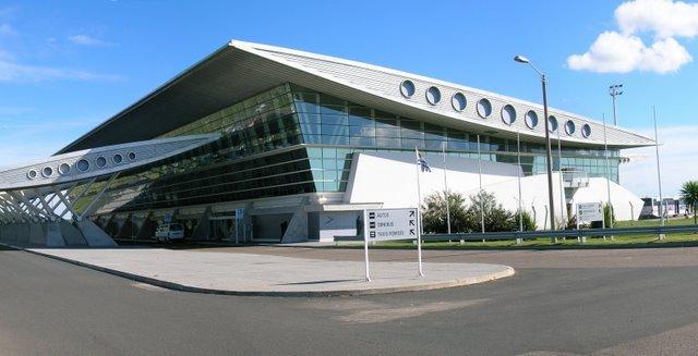 Tempo de avião até Punta del Este: Aeroporto Internacional de Punta del Este (Aeroporto Internacional de Laguna del Sauce)