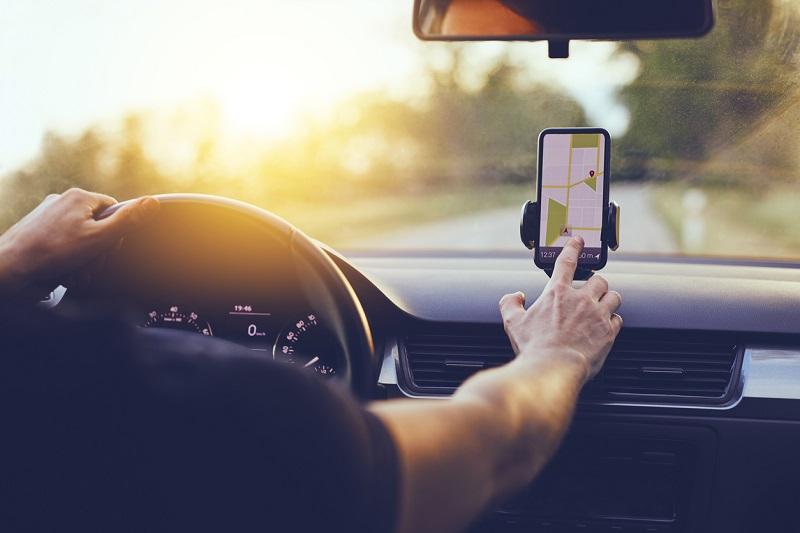 GPS de celular no carro - Uruguai
