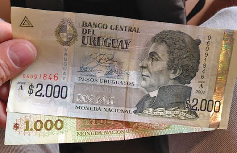 Pesos uruguaios