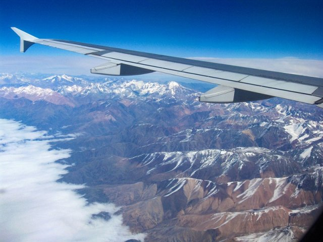Tempo de avião até o Uruguai