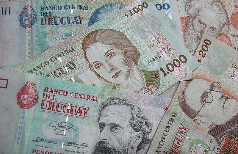 Dinheiro - Uruguai