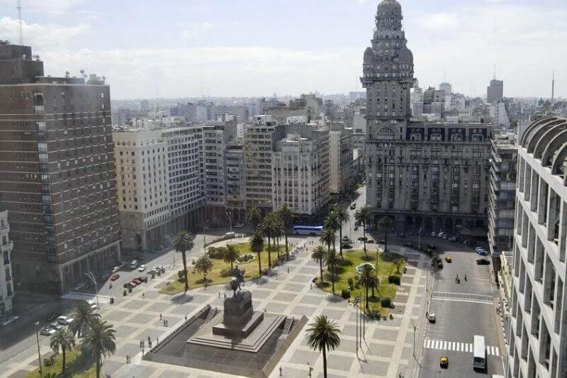 Praça Independência no Uruguai