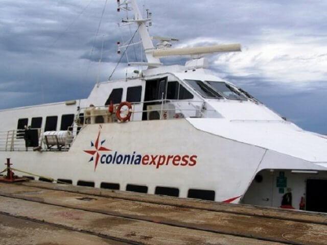 Como se locomover com ferry por Colonia del Sacramento