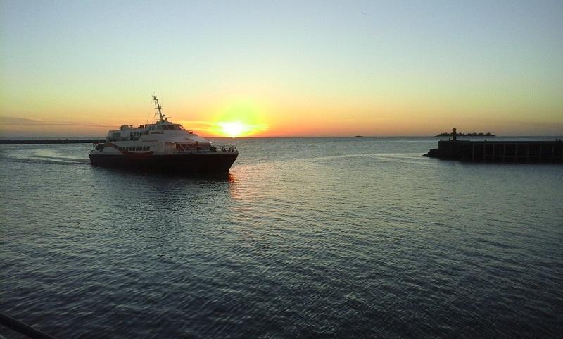 Como se locomover com ferries pelo Uruguai