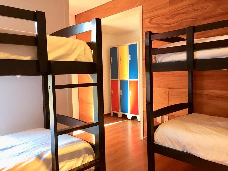 Circus Hostel&Hotel Montevideo em Montevidéu - Quarto