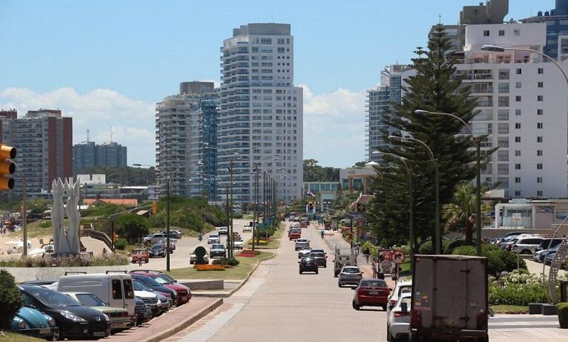 Cidade Punta del Este no Uruguai
